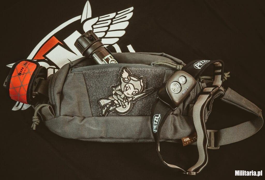 Nerka Helikon Bandicoot plus gaz pieprzowy, opaska odblaskowa i czołówka