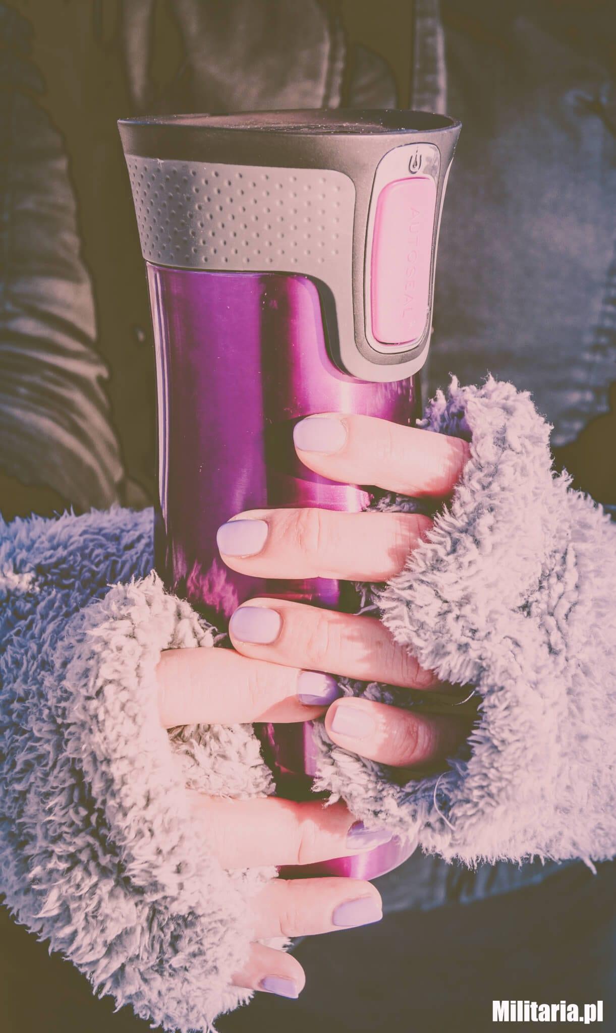 Kubek termiczny utrzyma ciepło Twojego napoju