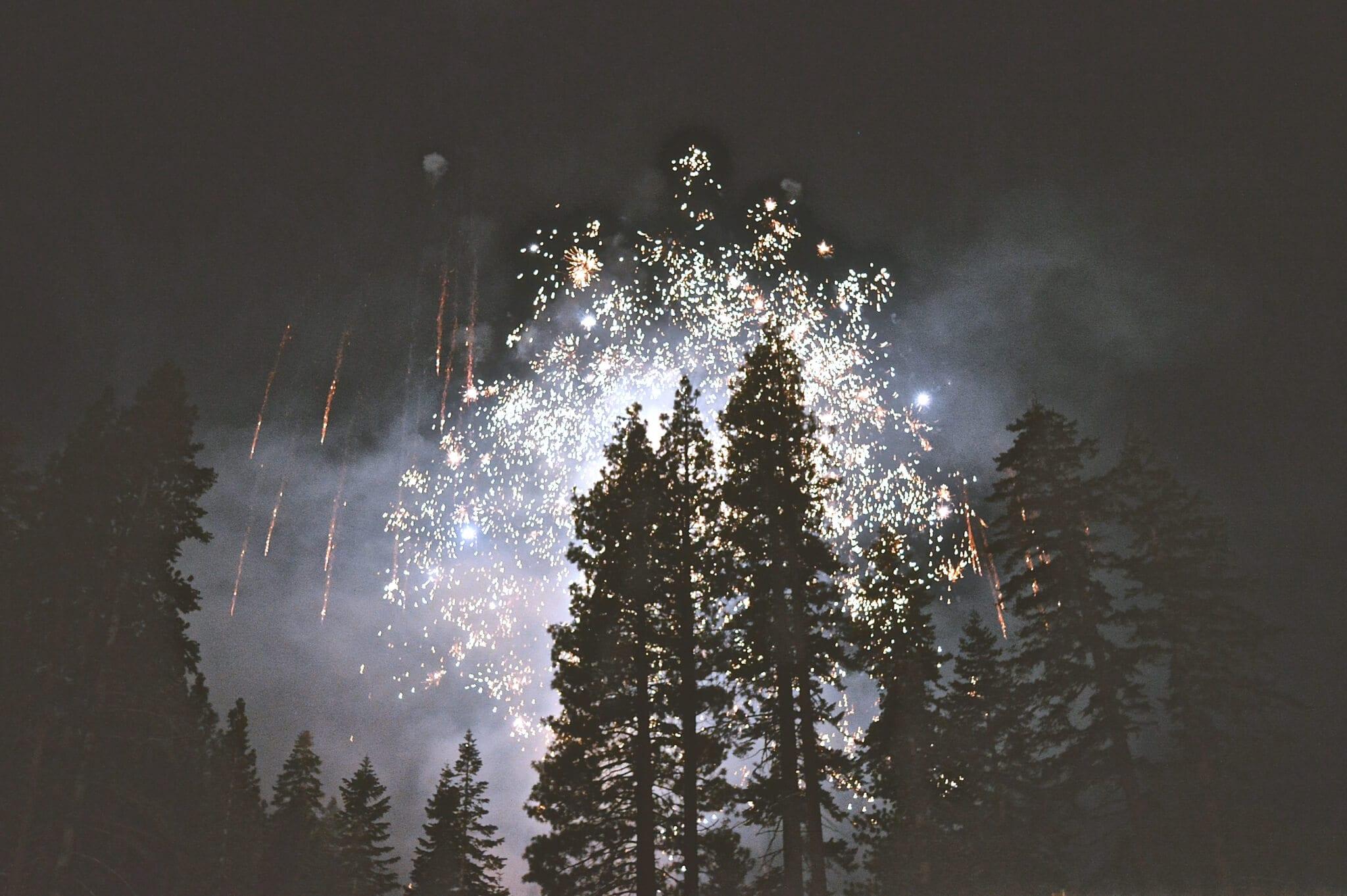 Race świetlne i hukowe – świętuj Nowy Rok!