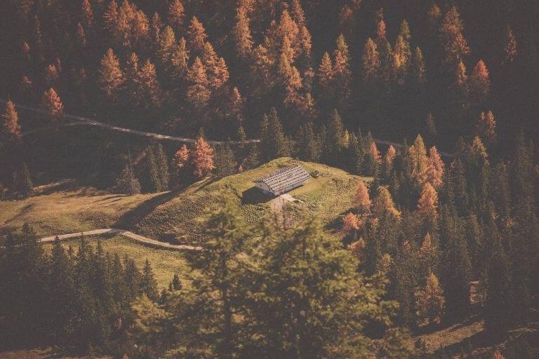co spakować na wycieczkę w góry jesienią