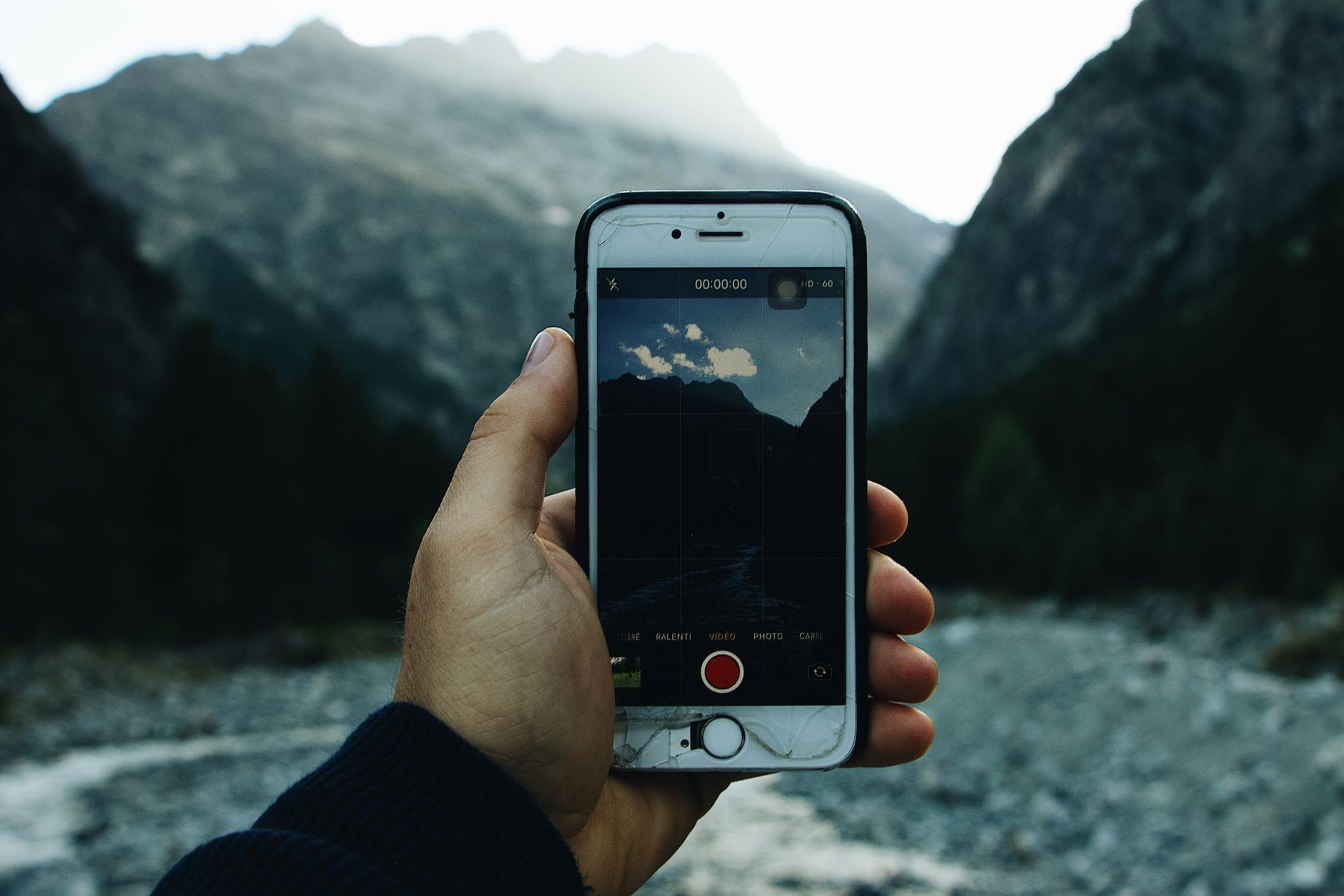8 aplikacji, które przydają się w górach