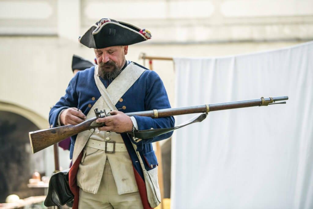 Rekonstrukcje historyczne i broń czarnoprochowa