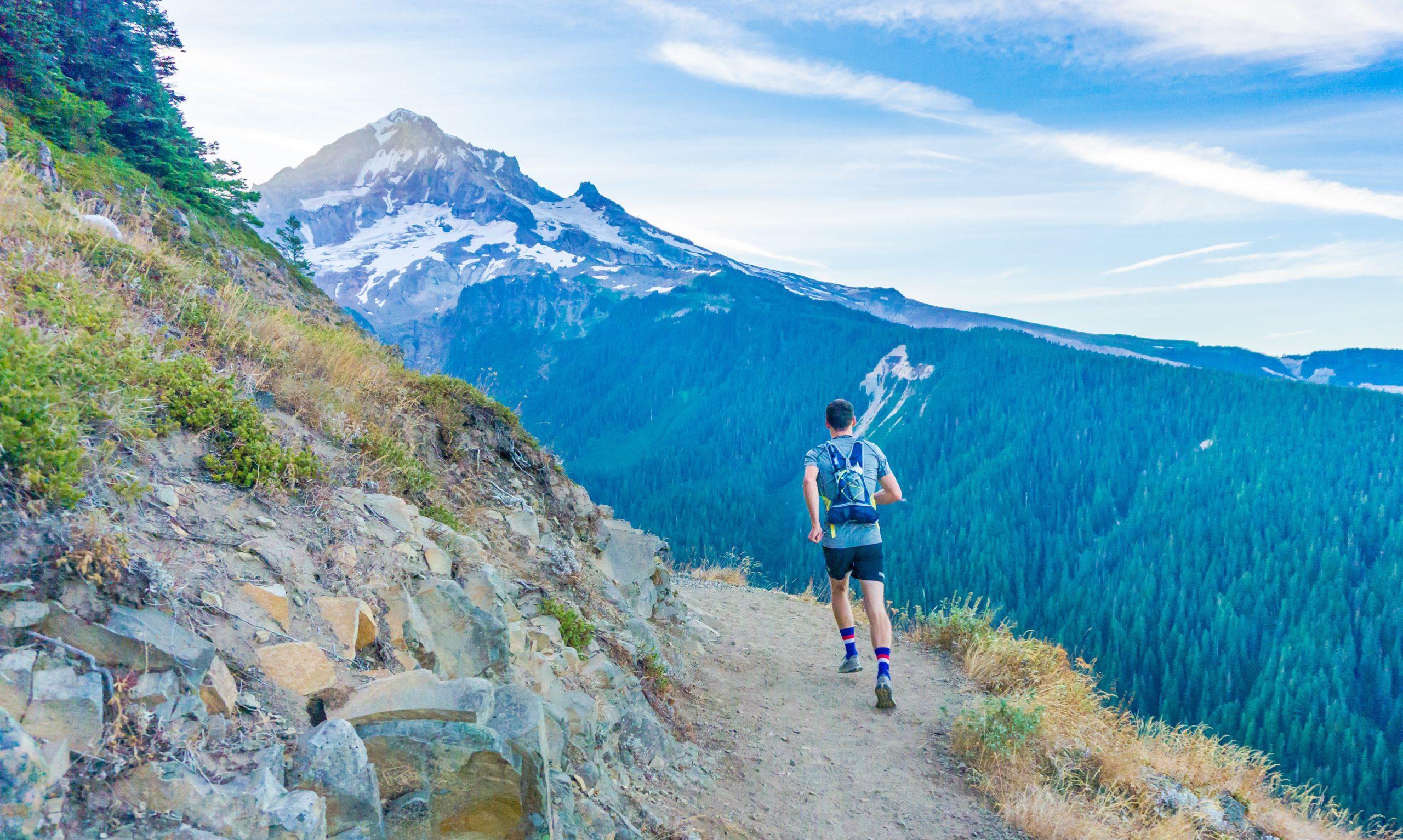 Biegi górskie – niezbędne wyposażenie